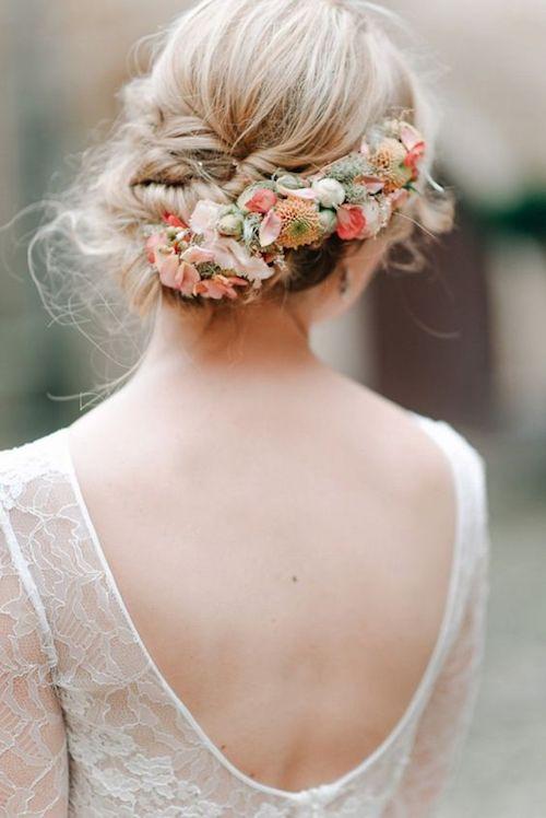 couronne de fleurs mariage pastel
