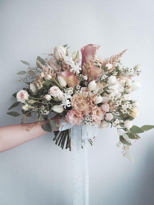 bouquet de fleurs mariage pastel