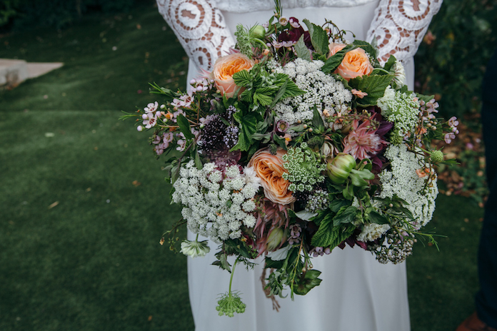 conseils pour bien choisir les fleurs de son mariage