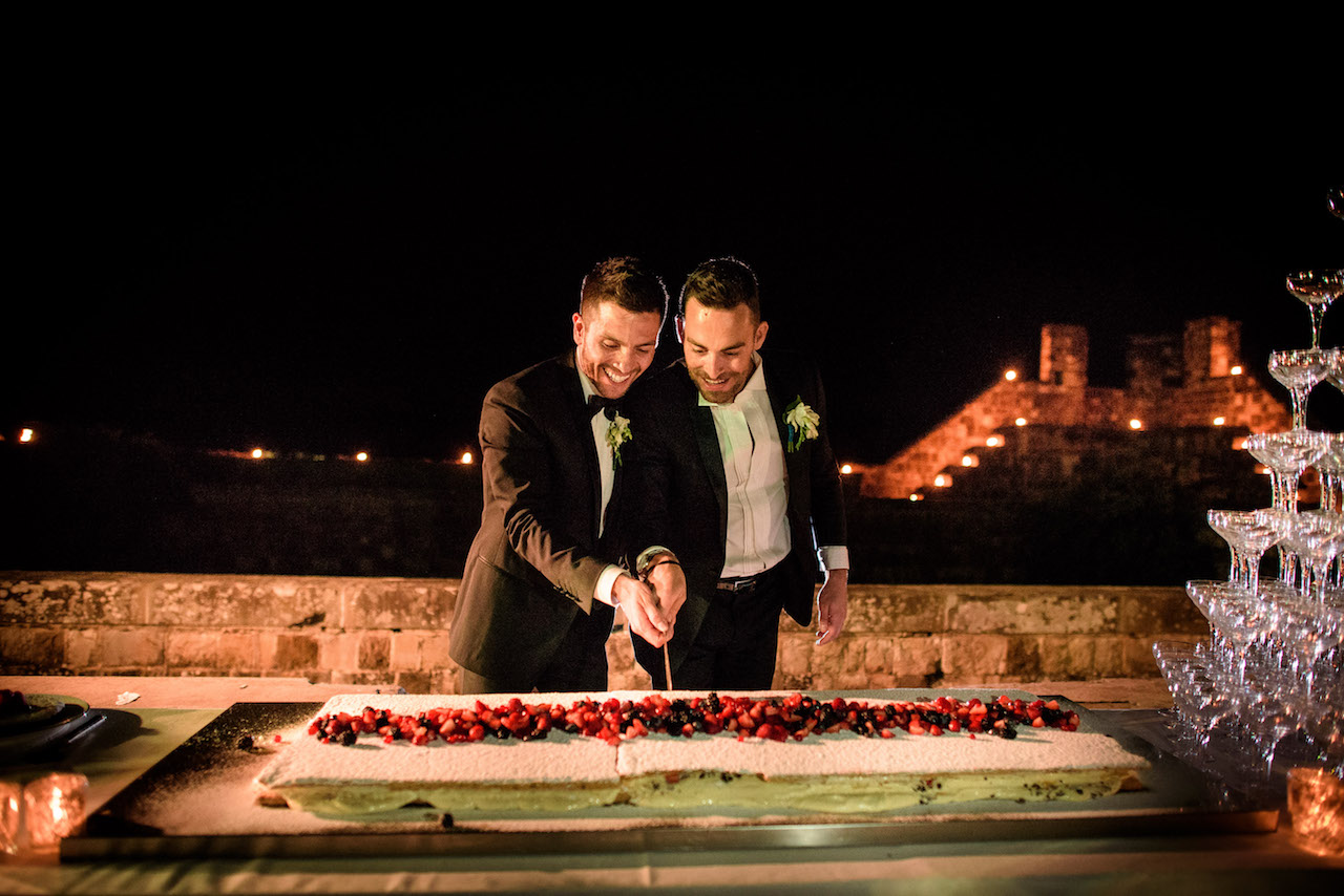 gâteau mariage, témoignage vrai mariage gay, bonheur, fête