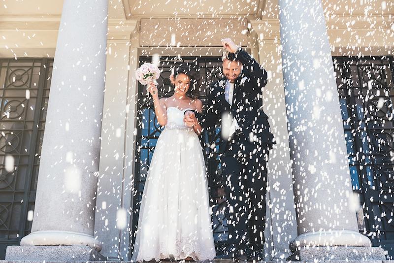 lancer riz mariage, rituel, sortie église