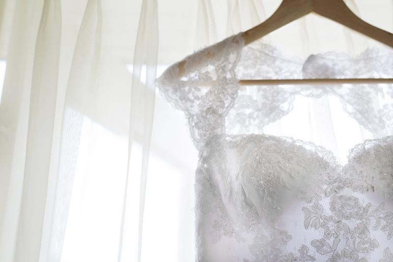 tradition mariage, robe de mariée blanche