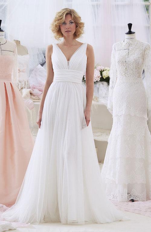 les plus belles robes de mari e empire taille haute 2019 mari. Black Bedroom Furniture Sets. Home Design Ideas
