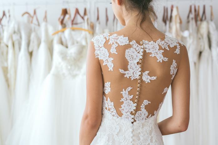 quand acheter sa robe de mariée, boutique robe de mariée