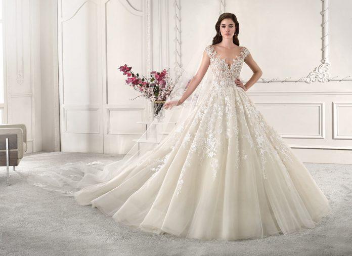 robe de mariée princesse en dentelle collection 2019