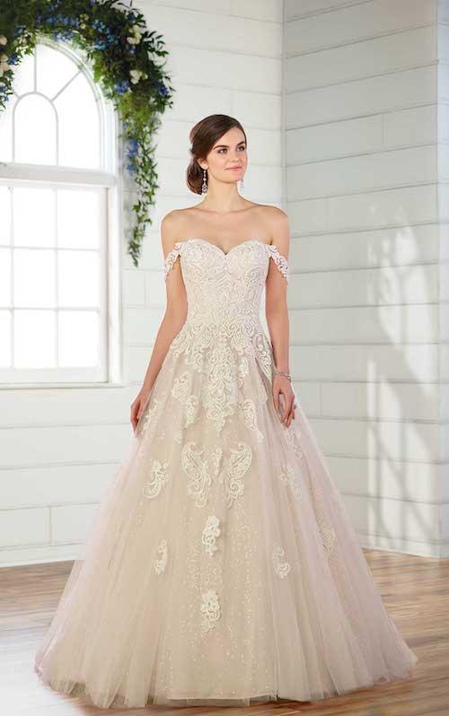 robe de mariée princesse en dentelle 2019
