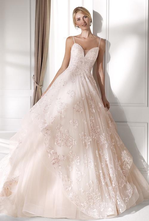 Les Plus Belles Robes De Mariee Colorees Pour Votre Mariage