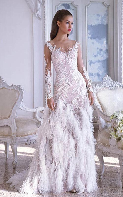 robe de mariée originale avec plumes, Platinum by Demetrios 2019