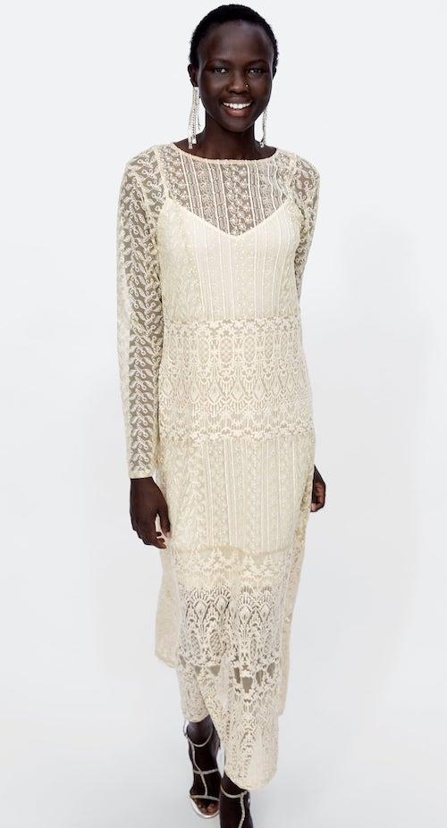 robe de mariée pas cher en dentelle Zara