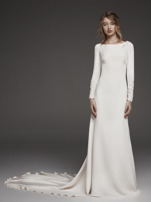 robe de mariée simple et chic Atelier Pronovias