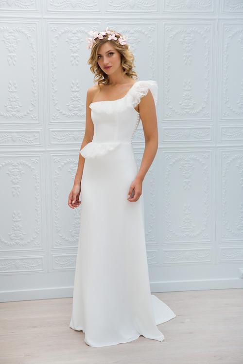 robe de mariée décolleté asymétrique Marie Laporte 2019