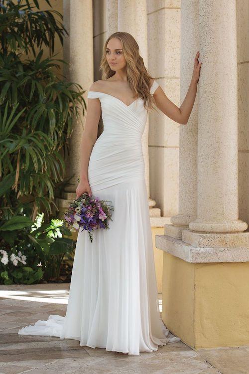robe de mariée asymétrique Sincerity Bridal 2019