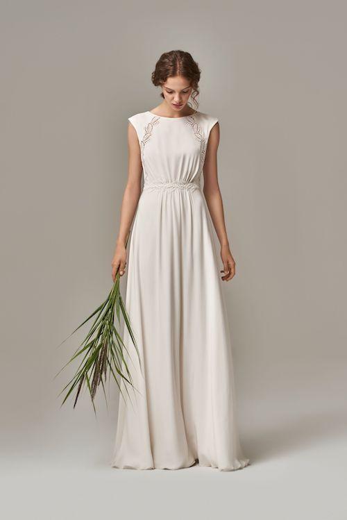 3a533cab80d De jolies robes de mariée simples pour être sobre et élégante le ...