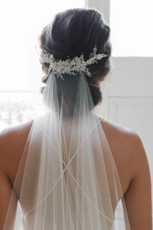 Source  Pinterest chignon coiffure mariage, tendance coiffure mariage