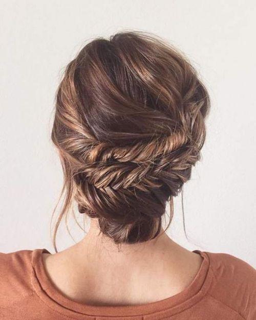 chignon tresse épi de blé, coiffure mariage tendance