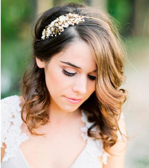 5 idées de coiffure mariage cheveux mi,long