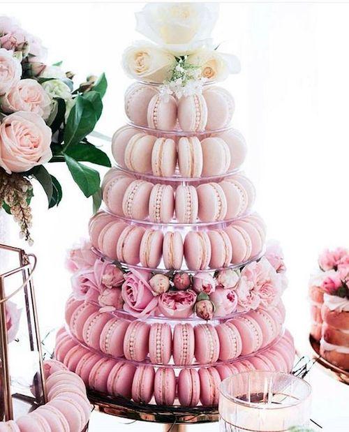 pièce montée mariage macarons roses