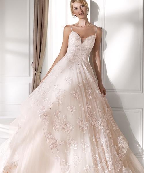 Robe de mariée colorée - mariée.fr