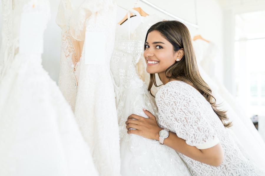 Location robe de mariée : nos astuces et