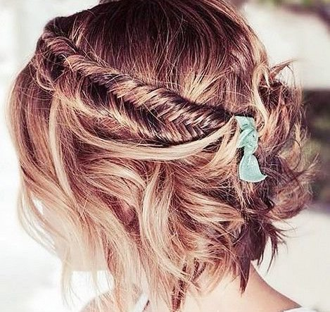coiffure tresses cheveux courts mariage