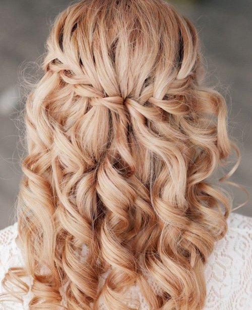 coiffure cascade de tresse mariage
