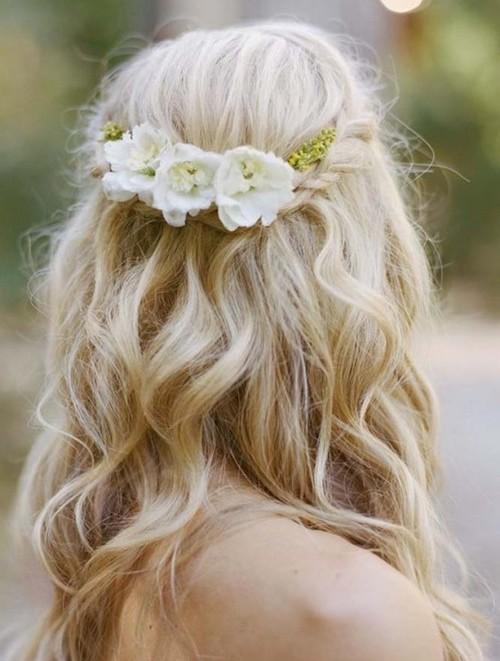 idée coiffure mariage invitée
