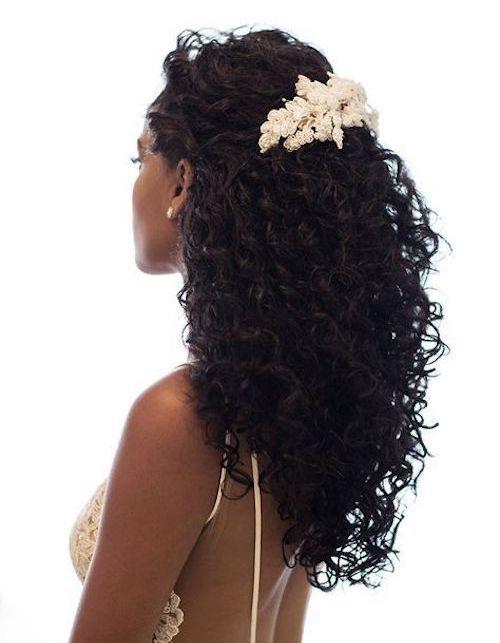 coiffure mariage cheveux crépus
