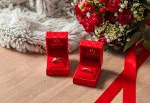 histoire d'or, alliance et bague de fiançailles
