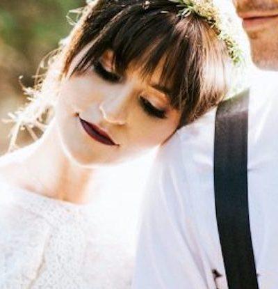 coiffure avec frange mariage